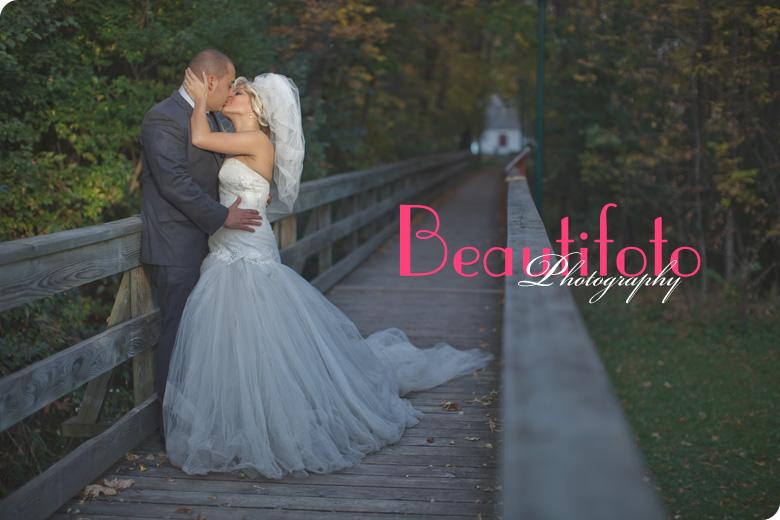 Photo by Beautifoto Montreal wedding photographer.